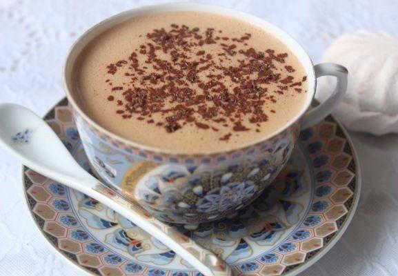 Зефирный горячий шоколад по-австрийски.