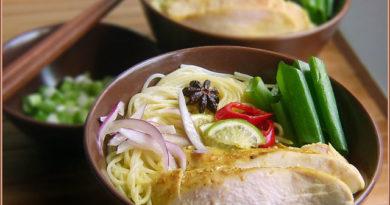 Фо га, вьетнамский суп с курицей