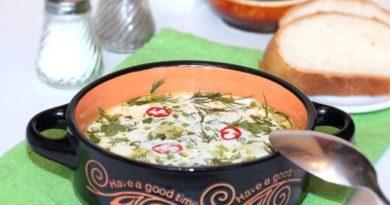 Картофельный суп со сливочным сыром и эстрагоном