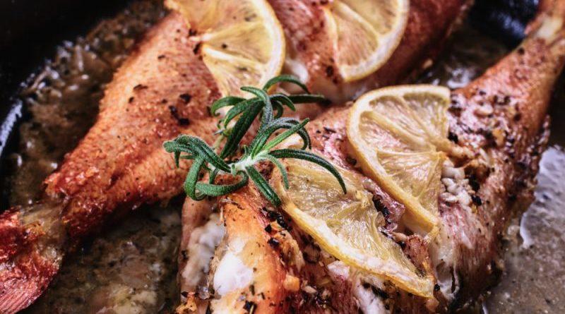 Морской окунь, запеченный в духовке, рецепт самый простой