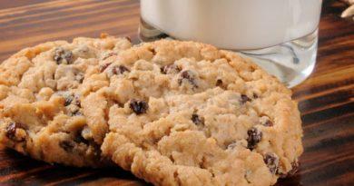 Овсяные печенья с изюмом