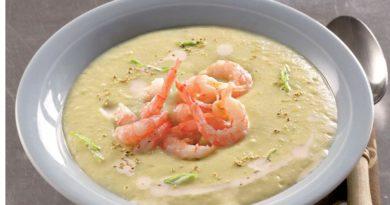 Картофельный крем-суп с креветками и мясом криля