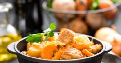 Мясо с картошкой и капустой