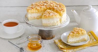 Сладкий десерт из кускуса, творога и меда в иерусалимском стиле