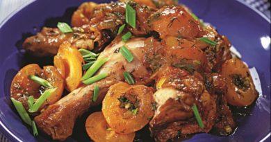 Курица с абрикосами