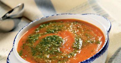 Суп из моркови с имбирем и кунжутным песто