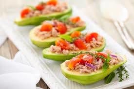 Закуска с тунцом и авокадо