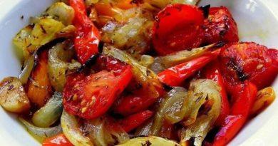 Овощи, запечённые в маринаде