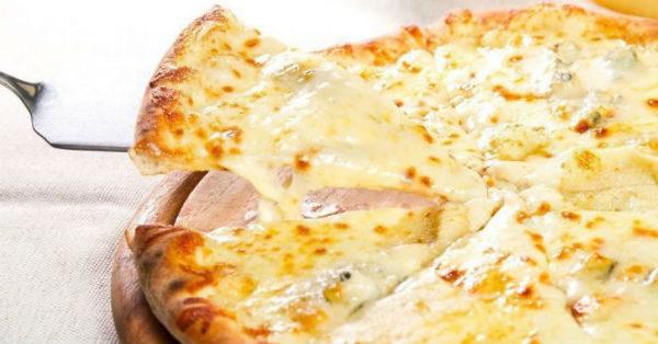 Низкокалорийная творожно — сырная пицца