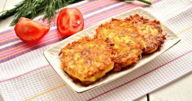 Драники с сыром и чесноком
