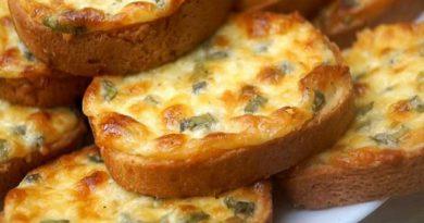 Гренки-пятиминутки с сыром (в духовке)
