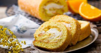 Апельсиновый бисквитный рулет
