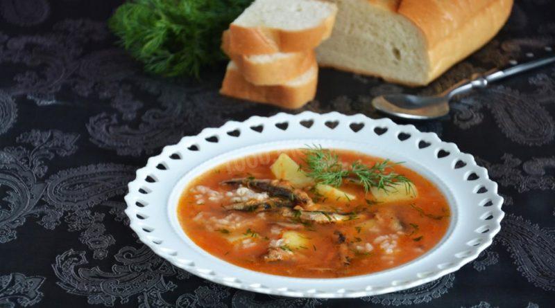 Рисовый суп с килькой