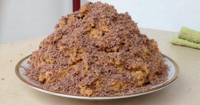Торт муравейник из печеня со сгущенкой
