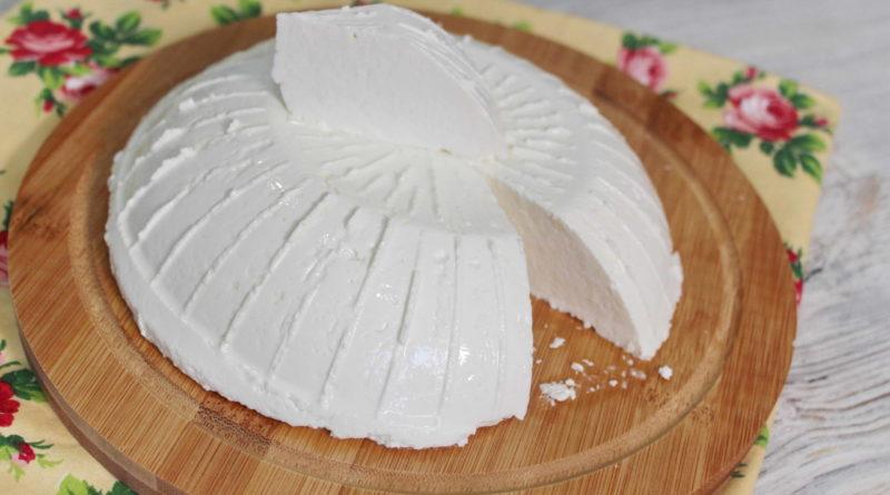 Домашний молодой сыр