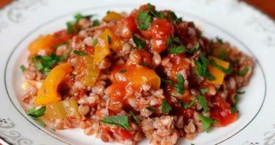 Пикантная гречка с овощами