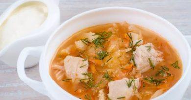 Капустняк (польский суп из квашеной капусты)