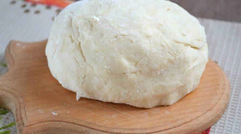 Моментальное дрожжевое заварное тесто для пирожков (без яиц)