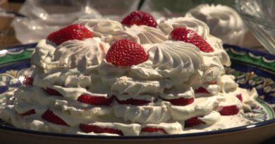 Зефирно-фруктовый торт