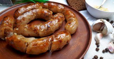 Домашняя колбаса с чесноком