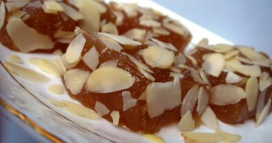 Пхал ка халава (фруктовый мармелад)