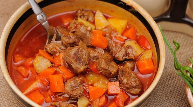 Суп-гуляш (из венгерской кухни)