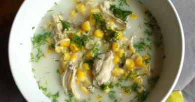 Куриный супчик с кукурузой и зеленью
