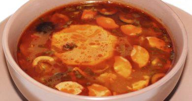 Суп-солянка с сосисками