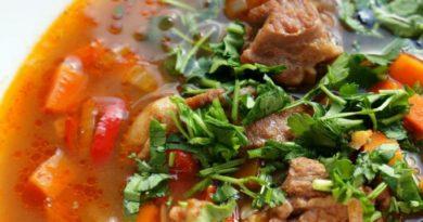 Наваристый походный супчик из телятины с овощами