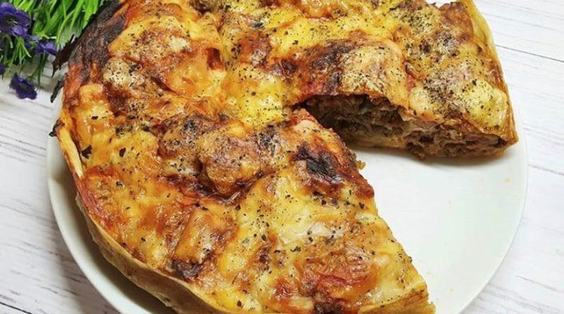 Пирог-улитка из лаваша с мясом