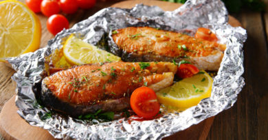 Рыба, запеченная в фoльге