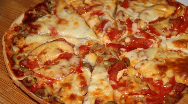 Почти обычная пицца
