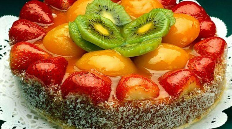 Торт со свежими фруктами