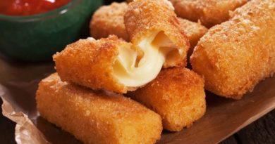 Домашние сырные палочки