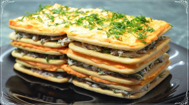 """Закусочный торт """"Наполеон"""" из крекеров"""