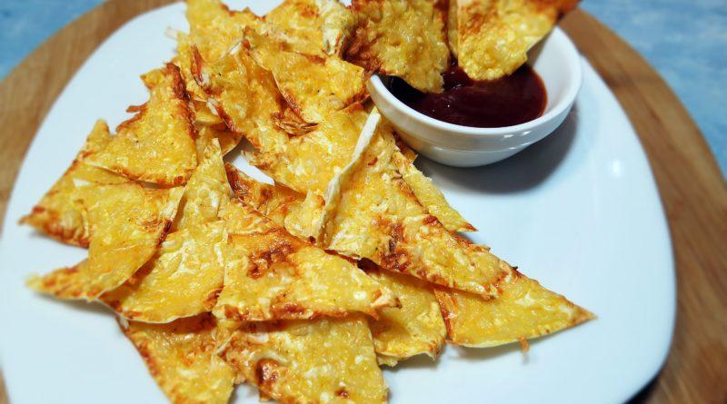 Сырные чипсы по-домашнему