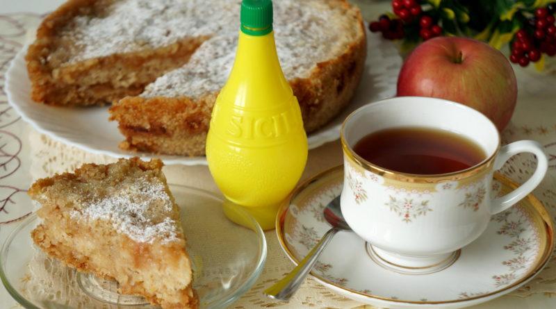 Пирог с яблоком и лимоном (в мультиварке)