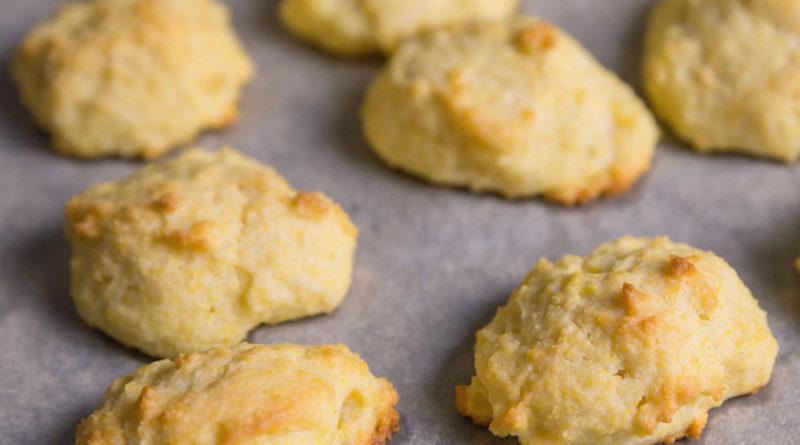 Кукурузное печенье на кефире