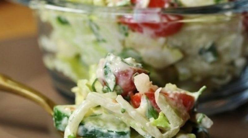 Овощной салат с сырной заправкой