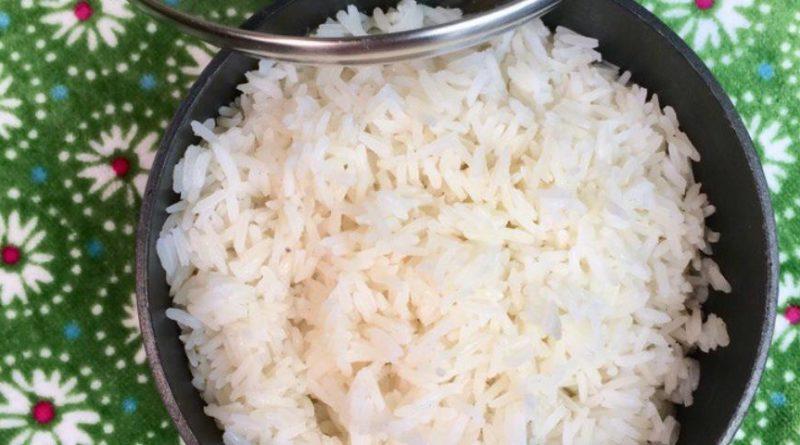 """Отварной рис """"жасмин"""" на курином бульоне, со сливочным маслом"""